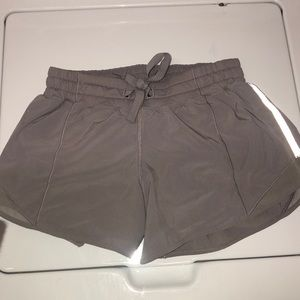Lululemon Hotty Hot Short I Size 4